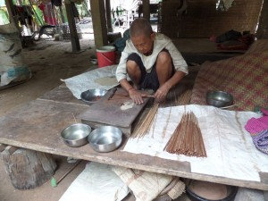 Oscar makes dessert, palm sugar wrapped in ground rice